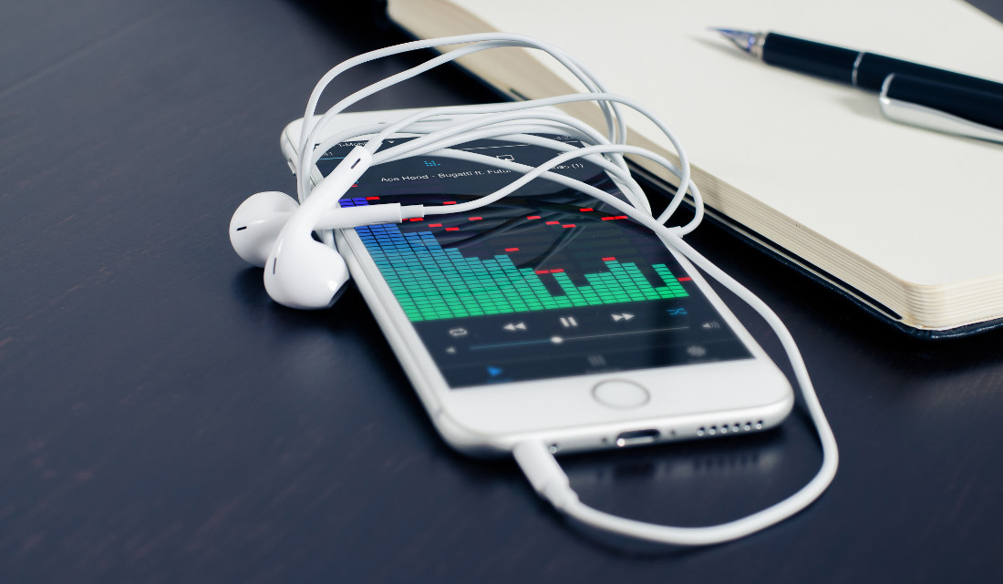 Samsung is working on a biometric earpiece